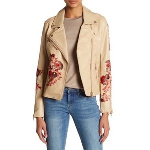 NWT Size S BlankNYC Floral Faux Leather Hacket
